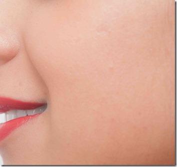 女性のふっくら肌