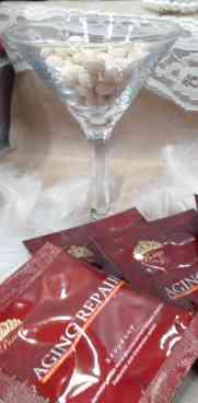 エイジングリペア ワイングラスに入っている写真