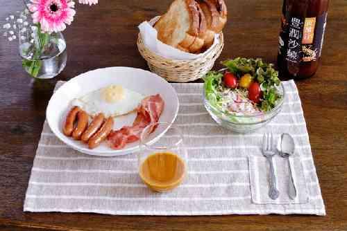 朝食とサジー