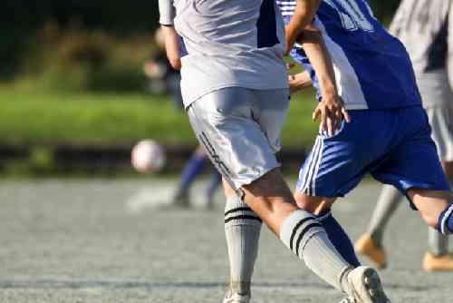 サッカーの蹴り合い