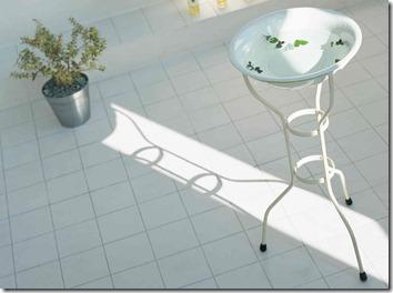 洗面器と植木鉢